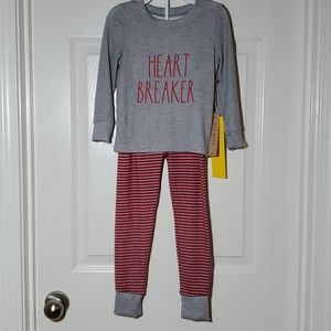 Rae Dunn HEART BREAKER. girls Pajama Set, Sz 5